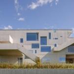 001-concrete-house-carlviggo-hlmebakk-1050x697