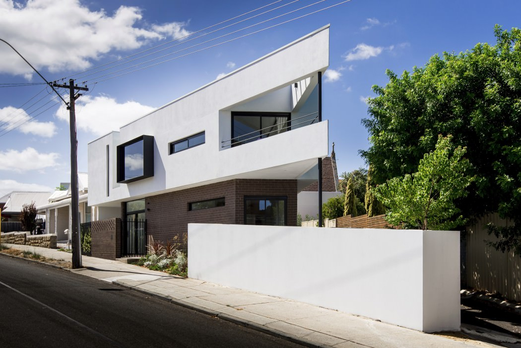 001-mount-lawley-house-robeson-architects-1050x701